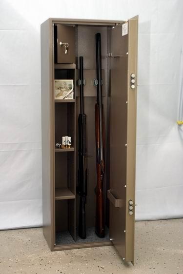 Шкаф для ружья своими руками видео